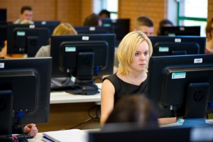 EHU254 Library LearnServ082-L