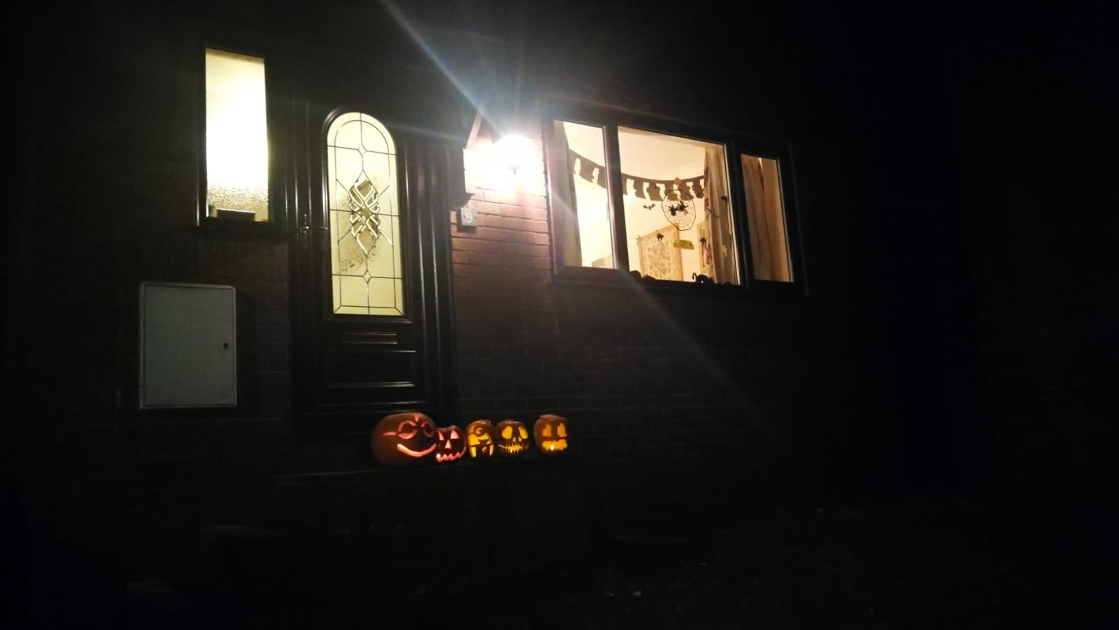 house-in-ormskirk-halloween-2019-3