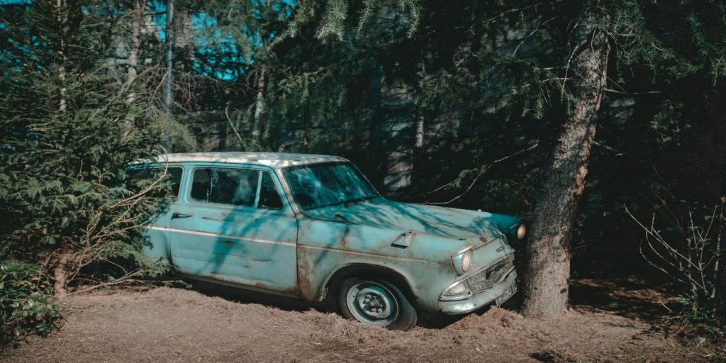 Weasley's family car, Flying Ford Anglia.