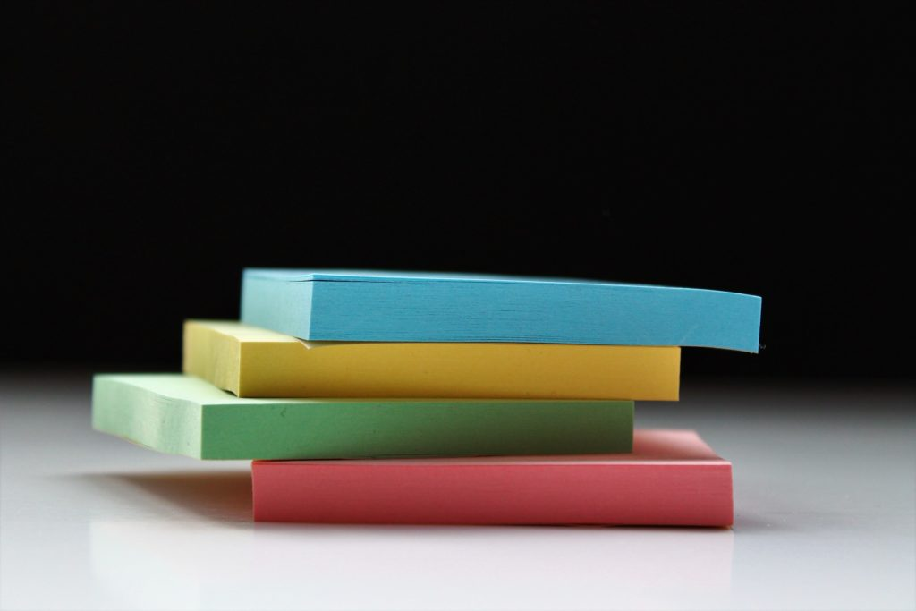 image of a pile of post it notes