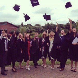 Undergraduates of 2015 Celebrate Graduation