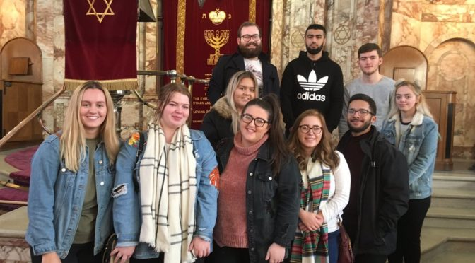 Fieldwork in Religion: Going Out and Finding Out